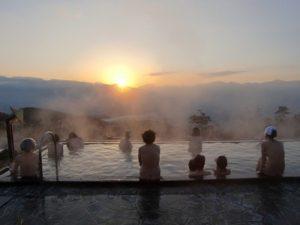 ほったらかし温泉からの日の出