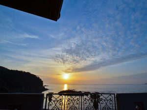 Alega軍艦島から見る夕日