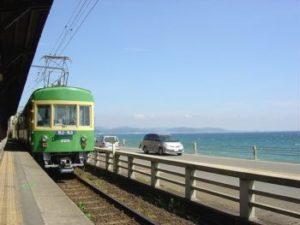 国道134号線と江ノ電
