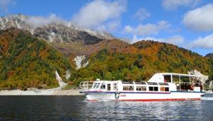黒部湖の遊覧船ガルベ