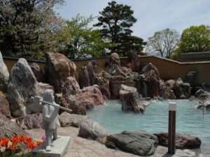 お肌よろこぶ濁り湯の宿 金太郎温泉露天風呂1