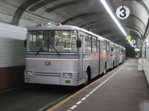 立山黒部アルペンルートトロリーバス
