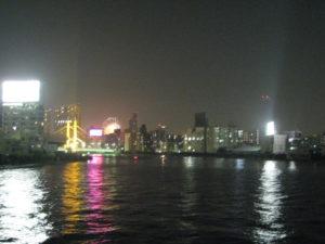 清洲橋から見る隅田川の花火