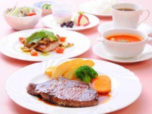 ペンション サントノーレのステーキディナー