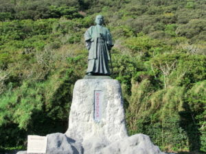 室戸岬の中岡慎太郎像