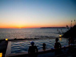 ホテル西長門リゾート露天風呂からの夕日
