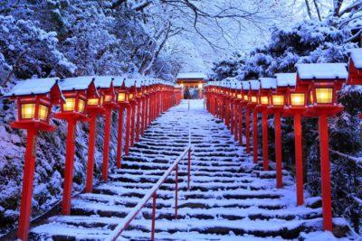 雪化粧の貴船神社