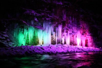 三十槌の氷柱 ライトアップ