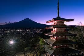 新倉山浅間神社 夕暮れ