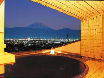 ホテル神の湯温泉 輝きの湯からの夜景